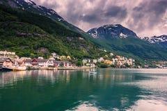 Lipiec 21, 2015: Panorama miasteczko Odda, Norwegia Zdjęcie Stock