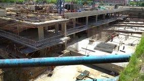20 2017 Lipiec Rosja moscow budowa ustanowione cegieł na zewnątrz miejsca Budowa budynek od monolita wzmacniał beton Konstrukcja zdjęcie wideo