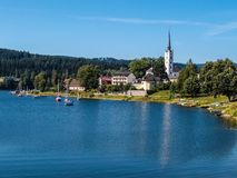 Lipno水坝和Frymburk - Sumava,捷克 免版税图库摄影