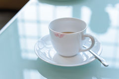 Lipstick stain on ceramic coffee cup Royalty Free Stock Photos