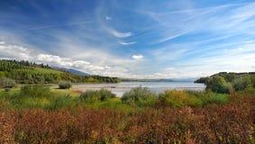 Liptovska Mara como visto de Bobrovnik imagem de stock