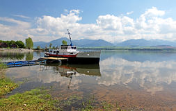 Liptovska Mara - waterbassin in gebied Liptov royalty-vrije stock foto