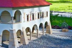 Liptovsky enero, Eslovaquia - 28 de mayo 2017: Parte de la miniatura ayuntamiento antiguo en Levoca en el ratio 1: 25 Foto de archivo libre de regalías