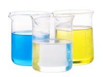 Liquide chimique jaune, bleu et transparent Photos libres de droits
