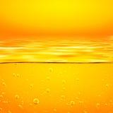 Liquide de jaune orange avec des bulles de l'oxygène closeup illustration de vecteur