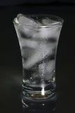 Liquide et glace. Photographie stock libre de droits