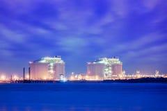Liquified gazu naturalnego LNG zbiorniki w porcie Fotografia Stock