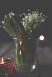 Lirios del valle en un florero Imágenes de archivo libres de regalías