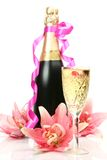Lis et champagne roses Image libre de droits