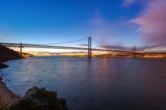 Lisboa e 25a de April Bridge - Portugal Imagem de Stock Royalty Free