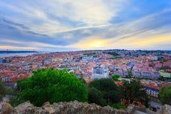 Lisboa por noche Imagen de archivo libre de regalías