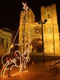 Lisboa por noche en la Navidad Imagen de archivo libre de regalías