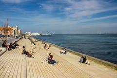 Lisboa, Portugal: Cais (embarcadero) DA Ribeira, en el centro de la ciudad en el banco del río Tagus Fotos de archivo