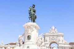 LISBOA, PORTUGAL - 10 de julio de 2017 Estatua de rey Jose en Praca d Imagenes de archivo