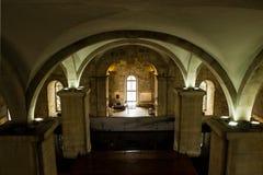 Lisboa, Portugal: gua interior del  del d'à de Mãe (la madre del agua) y cascada Foto de archivo