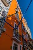 Lisboa, uma cidade colorida encheu-se com a cor imagem de stock royalty free