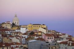 Lisboa vieja en la puesta del sol Imagen de archivo libre de regalías