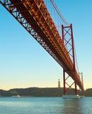 lisbon bridżowa czerwień Portugal Zdjęcie Royalty Free