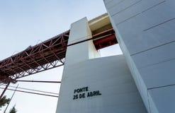 Lisbon - 25 De Abril Kruszcowy most Zdjęcia Royalty Free