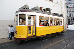 lisbon mest touristic spårvagn Arkivbilder