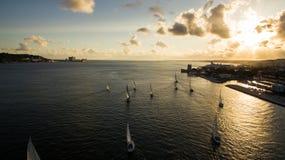 Lisbon łodzie na rzece przy zmierzchem Portugalia Obraz Royalty Free
