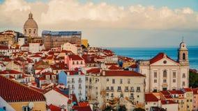 Lisbon panorama widok z lotu ptaka Lisbon jest kapitałem i wielkim miastem Portugalia Lisbon jest kontynentalnym Europa ` s weste Fotografia Stock