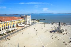 Commerce Square aerial. Lisbon, Portugal - August 25, 2017: aerial view from panoramic terrace of Rua Augusta Arch of King Dom Jose I equestrian statues and Stock Photo