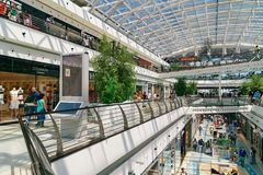 People Crowd Looking For Summer Sales In Vasco da Gama Shopping Center Mall Royalty Free Stock Image