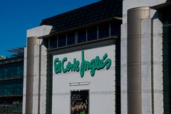 Facade of the department store El Corte Ingles The English Cut Mall. Lisbon. Portugal. January 28, 2018. Facade of the department store El Corte Ingles The Stock Photos