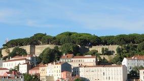 lisbon portugal Landskap på de yttre väggarna av fästningen eller slotten St George arkivfilmer