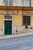 Lisbon stara fasada, szczegół stara ulica Zdjęcie Royalty Free