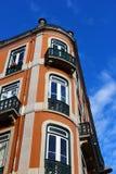 Lisbon typisk byggnad Arkivfoto