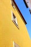 Lisbon typiska byggnader Royaltyfri Fotografi