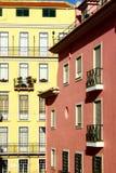 Lisbon typiska byggnader Fotografering för Bildbyråer