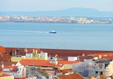 Lisbona al traghetto di Almada portugal Fotografie Stock
