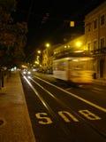 Lisbona alla notte fotografie stock