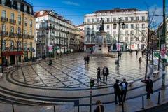 LISBONA, PORTOGALLO - 27 gennaio 2011: Quadrato di Luis de Camoes, Lisbona Fotografie Stock Libere da Diritti