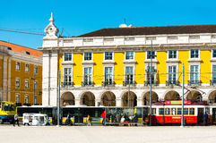 Lisbona, Portogallo 10 marzo: Tipico, linea tranviaria l'11 maggio 2016 beau Immagini Stock Libere da Diritti