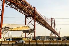 Lisbonne - 25 De Abril Suspension Bridge Photos stock