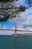 Lisbonne et 25ème d'April Bridge - le Portugal Images libres de droits