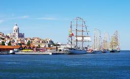 Lisbonne et bateaux à voiles Images stock
