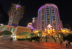 Lisbonne et casino de Lisbonne et hôtel grands par nuit, Macao Photo stock