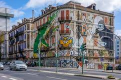 LISBONNE, PORTUGAL - 1er avril 2013 - la vieille maison abandonnée, située sur Avenida Fontes Pereira de Melo Images libres de droits