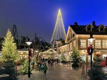 Liseberg-Vergnügungspark mit Weihnachtsbeleuchtung in Gothenburg, Schweden Lizenzfreie Stockfotos