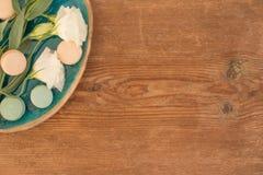 Lisianthus blanco con rosado y pálido - macarrones verdes con el SP de la copia imágenes de archivo libres de regalías
