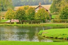 Lisors Frankrike - oktober 11 2015: den pittoreska byn Royaltyfri Foto