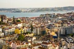 Lissabon centrum och Tagus River Arkivfoto