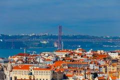 lissabon der April-Brücke Lizenzfreies Stockfoto