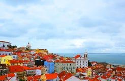 Lissabon dichtbij het overzees Stock Foto
