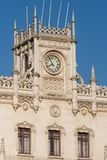 Lissabon, die Bahnhofsfassade Rossio Lizenzfreies Stockfoto